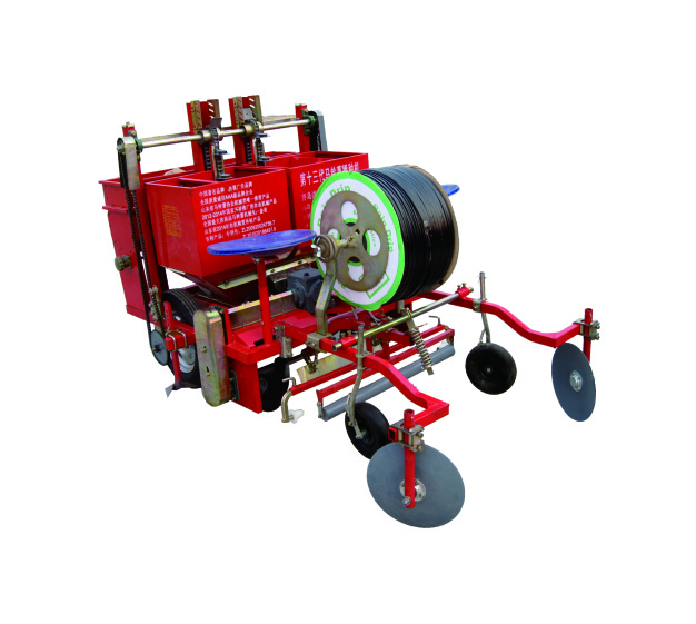 2CM-2C 型大垄双行覆膜马铃薯播种机/土豆播种机 (可下滴灌管)