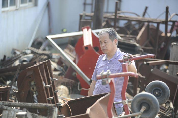 01在别人眼里是废墟,在吴洪珠眼中是他发明的灵感